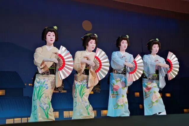 塘厦舞茶道电话_日本艺妓,日本传统艺伎文化 - 蓝天外语官网-蓝天外语培训
